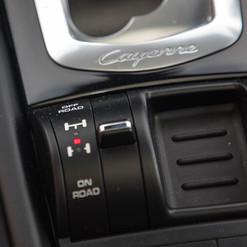 2015-cayenne-diesel-grey-28.jpg