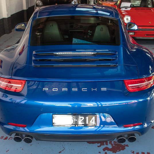 991-porsche-carrera-s-blue-40.jpg