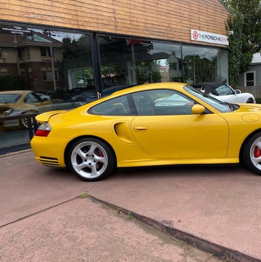 2001-porsche-911-turbo-996-yellow-21.jpg