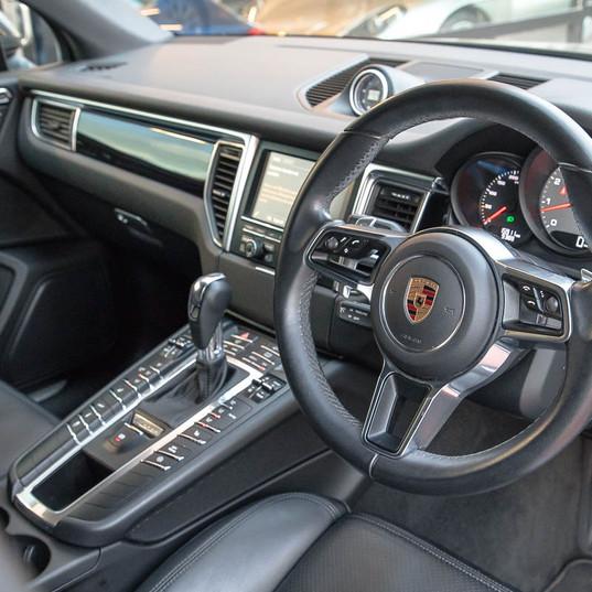 2015-macan-s-petrol-grey-15.jpg