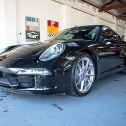 991-carrera-s-black-18.jpg