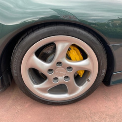 1998-porsche-911-993-turbo-s-green-22.jp