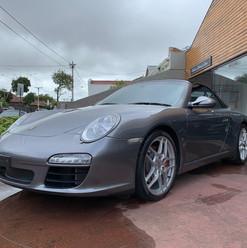 2009-porsche-911-carrera-s-cabrio-grey-2