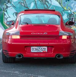 2002-porsche-996-c4s-red-10.jpg