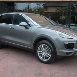 2015-cayenne-diesel-grey-1.jpg