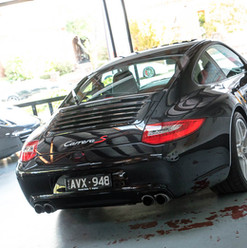 997-911-carrera-s-black-37.jpg