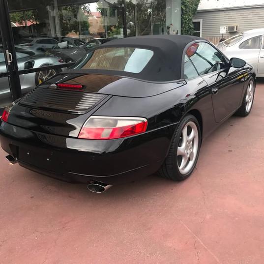 1999-porsche-911-996-cabrio-black-3.jpg