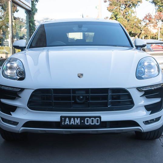MY17-macan-s-diesel-white-21.jpg