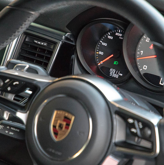2015-macan-s-petrol-grey-16.jpg