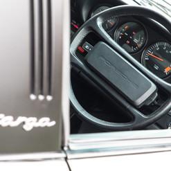 1986-porsche-911-targa-black-27.jpg