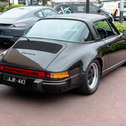 1986-porsche-911-targa-black-33.jpg