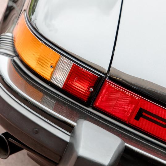 1986-porsche-911-targa-black-9.jpg