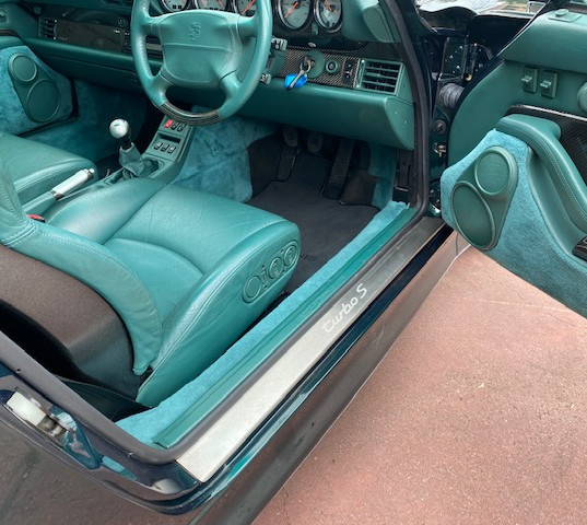 1998-porsche-911-993-turbo-s-green-36.jp