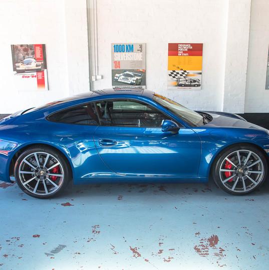 991-porsche-carrera-s-blue-31.jpg