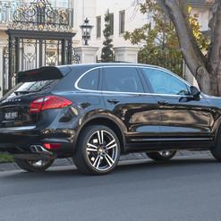 2013-porsche-cayenne-diesel-black-11.jpg