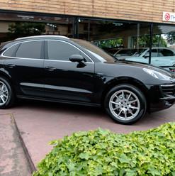 2016-porsche-macan-s-diesel-black-40.jpg