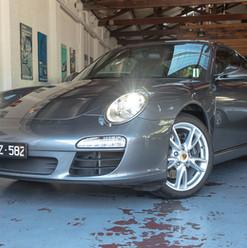 2010-porsche-911-carrera-997-2-grey-17.j