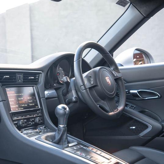 991-carrera-s-manual-silver-16.jpg