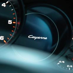 2013-porsche-cayenne-diesel-black-7.jpg
