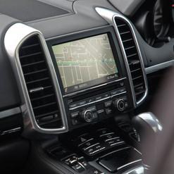 2015-cayenne-diesel-grey-18.jpg