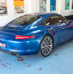 991-porsche-carrera-s-blue-43.jpg