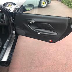 1999-porsche-911-996-cabrio-black-10.jpg
