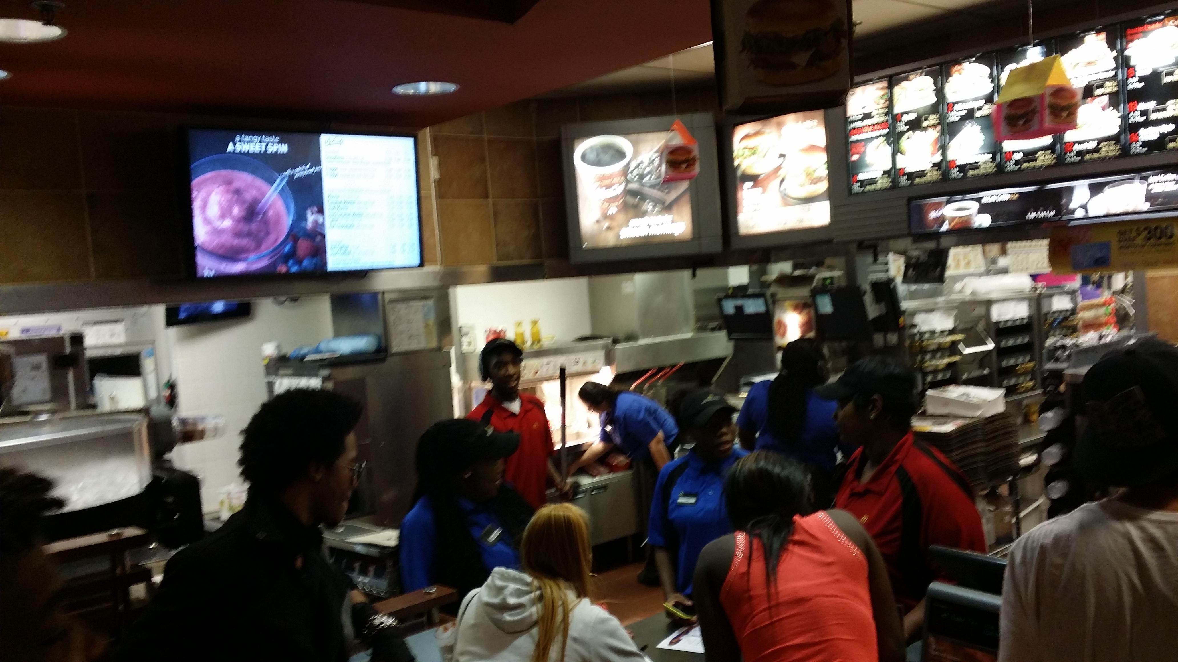 Enyx and Queen Photos Fans@McDonalds