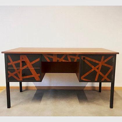 Ange,  le bureau vintage
