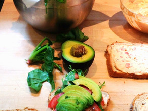 AVOCADO SPINACH TOMATO SANDWICH