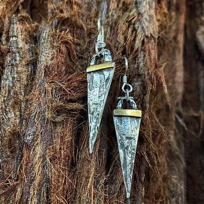 The Forest Spear Earrings - Redwood