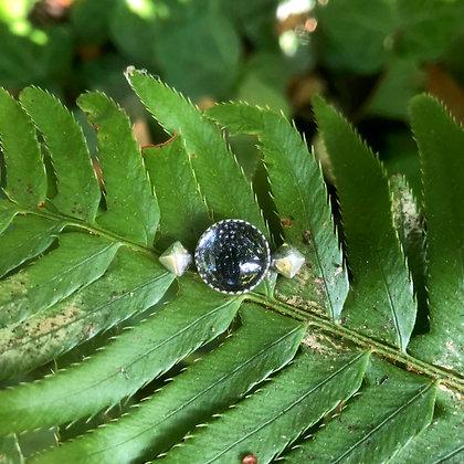 The Stingray Stud Pin