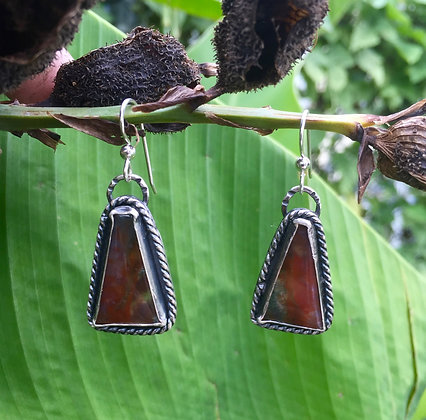 The Canna Lily Earrings (OOAK)
