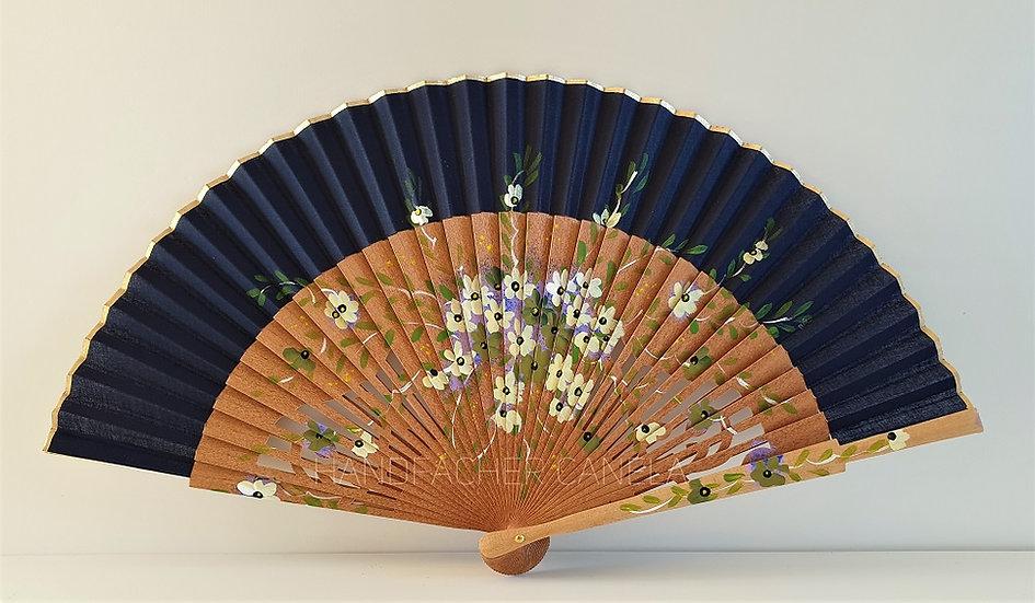 AP-860 - Eleganter Handfächer handbemalt  mit Blumen Motiv