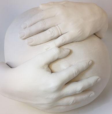 Detaljerad och tidlös gjutning på gravidmagen