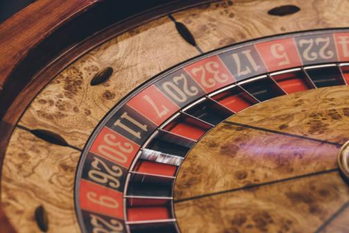 Roulette wheel Up Close.jpg