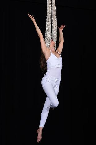 soirée spectacle, acrobate aérien