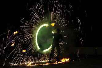 spectacle pyrotechnique, feu artifice, spectacle de feu