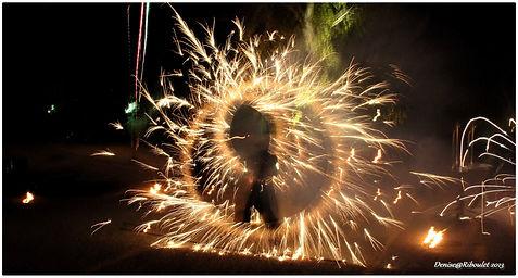 Spectacle de feu, artifices, pytotechnie