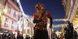 Parade lumineuse, rue, animation
