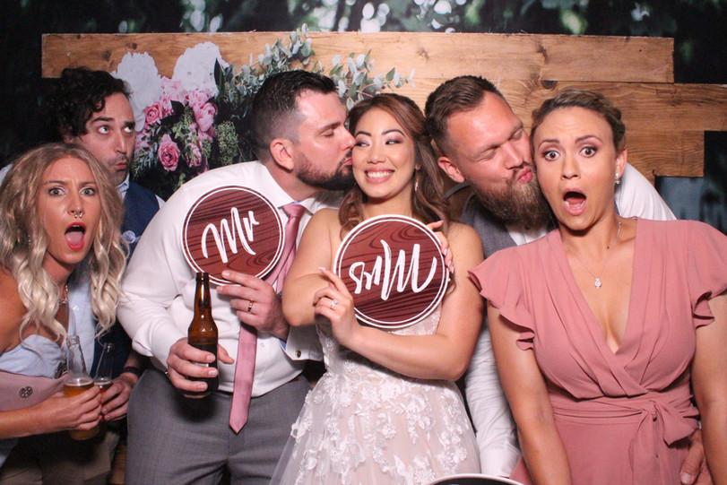 photo-booth-hire-brisbane-wedding.JPG