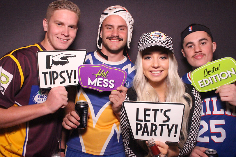 photo_booth_hire_birthday_party.JPG
