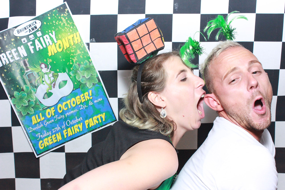 People love to have fun with photobooths