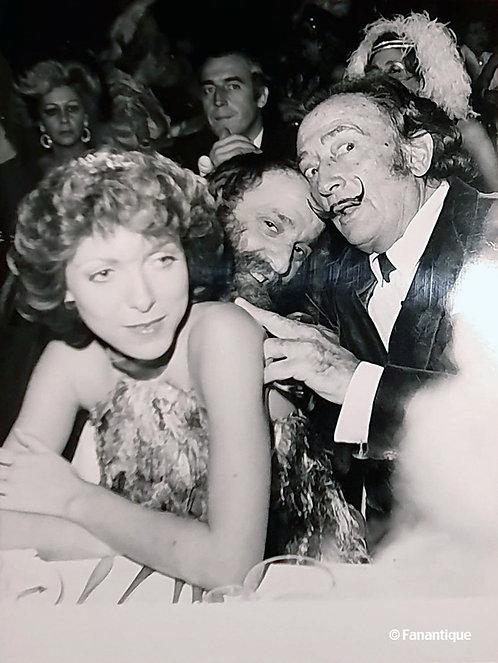 Salvador Dali and César, Photograph by Robert Cohen, Lido Premiere 1971