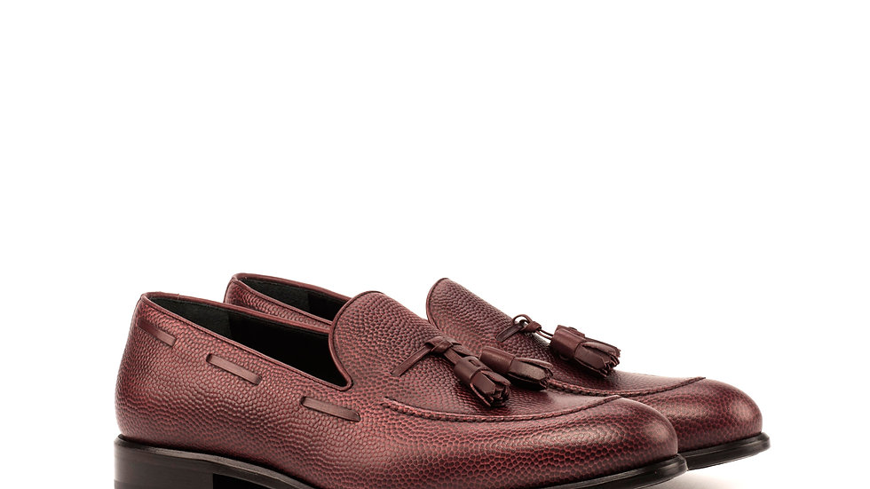 Mahogany Pebble Tassle Loafer