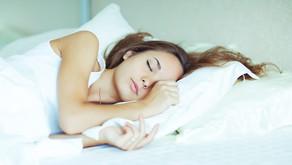 No dormir te puede subir de tallas