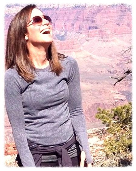 "Jenn Krusinski, Holistic Health coach, ""Hashimama"" game changer, hashimotos expert, eat, live and be real."