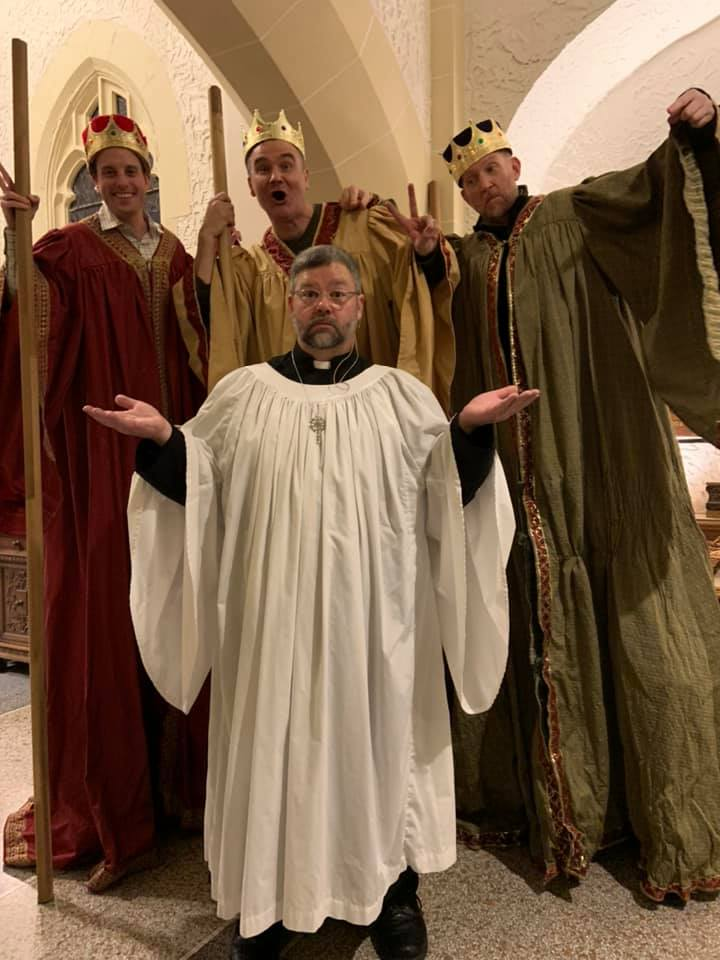 fr lee three kings.jpg