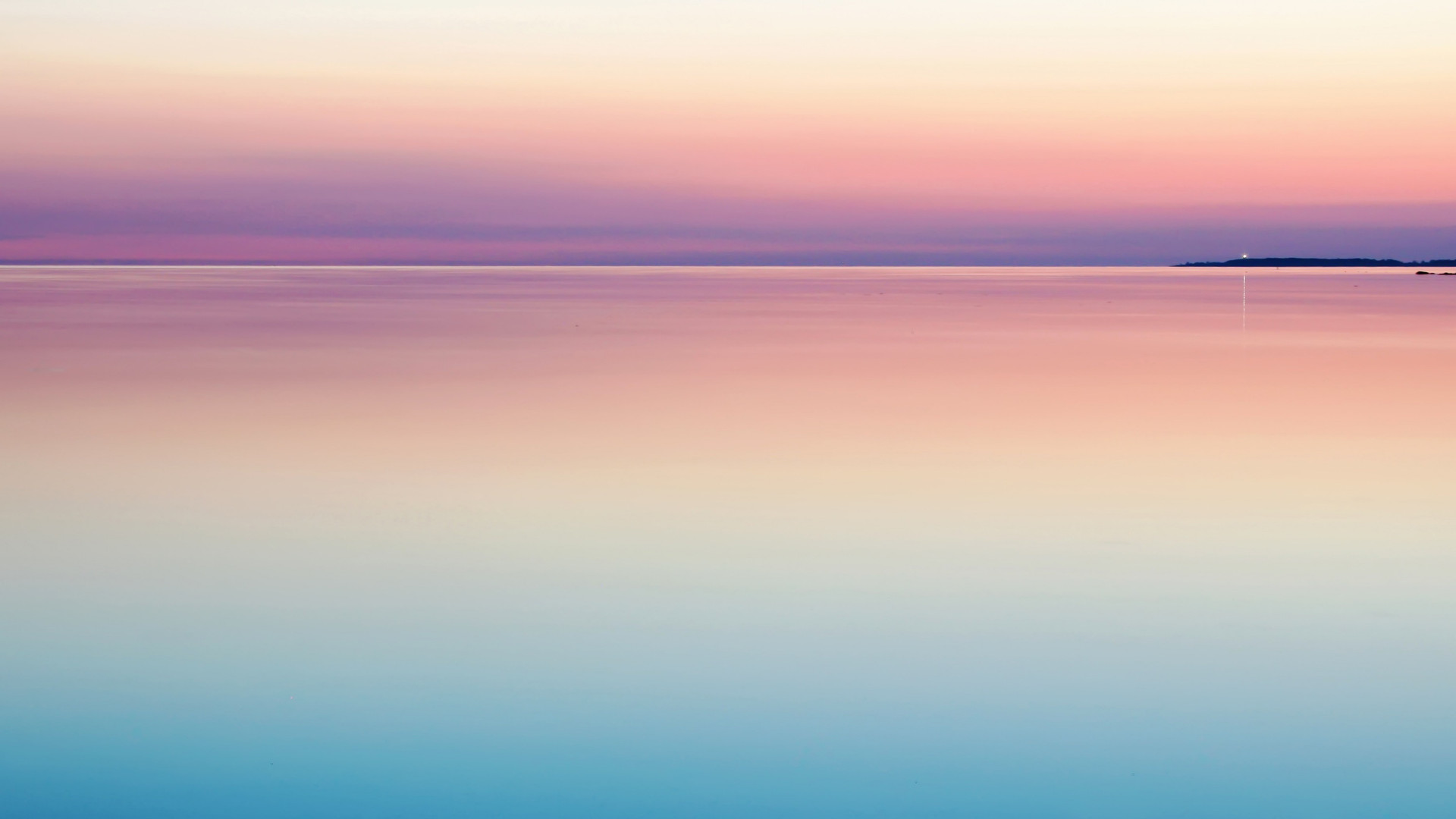 photo%20of%20blue%20and%20pink%20sea_edi