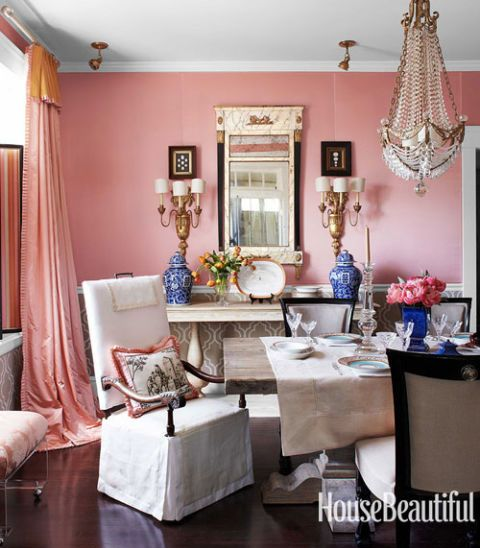 HOT FOR HUE: PINK DECOR IN THE DINING ROOM