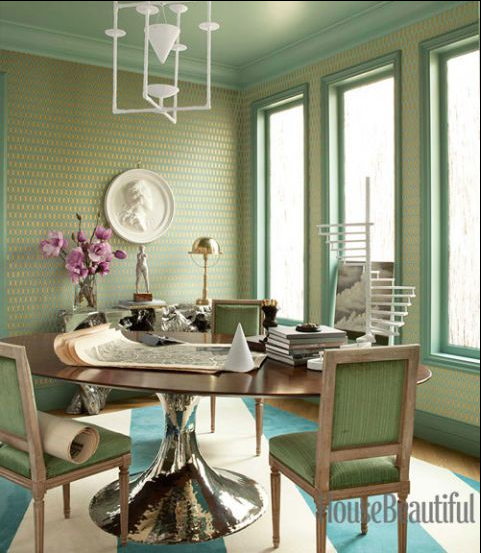 HOT FOR HUE: GREEN DECOR IN THE DINING ROOM